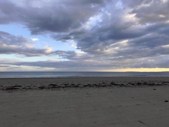 Greenacres Holiday Park - Haven: Beach view early evening