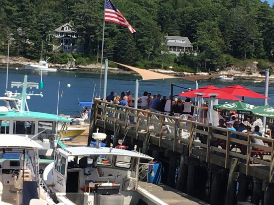 Southport, ME: Wharf dining and drinking, Robinson's