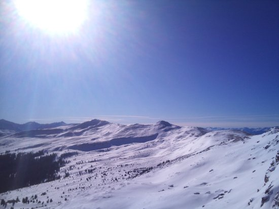 Red Cliff, CO: Sun and Peaks
