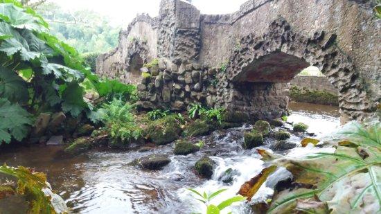 Dunster, UK: Lovers bridge