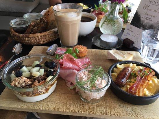 Juliette Cafe & Brasserie: photo0.jpg