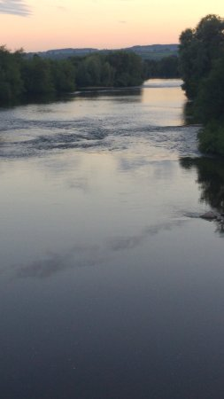 The White Lion Restaurant : The beautiful River Wye