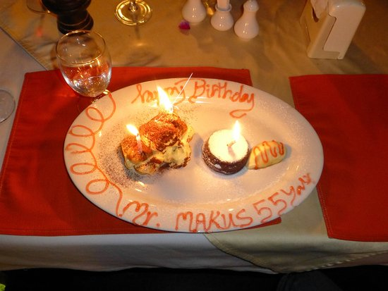 Invito Al Cibo Italian & Thai Restaurant: birthday ...
