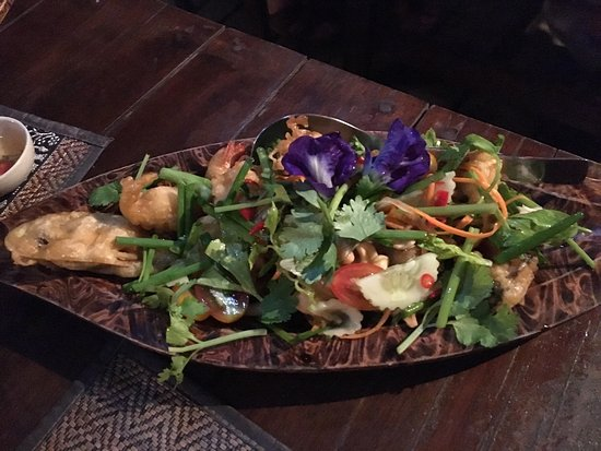 Rice Paddy: Très bon repas! Que du plaisir avec des saveurs locales.