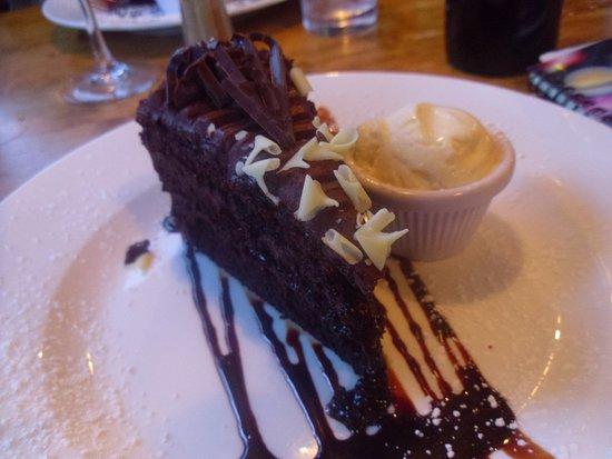 Lucan, Irlanda: Warm chocolate cake