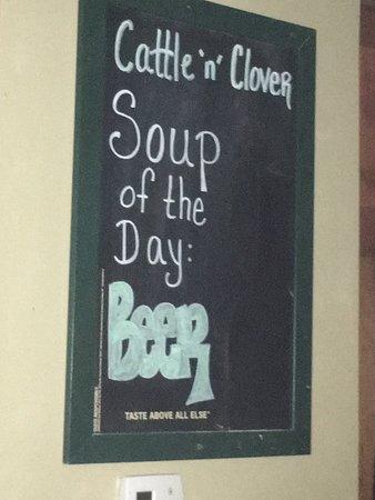 Cattle 'n Clover Irish Pub and Steak House: photo0.jpg
