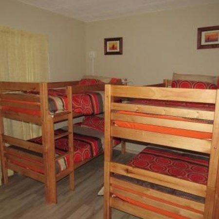 Hekpoort, South Africa: Dorm type room