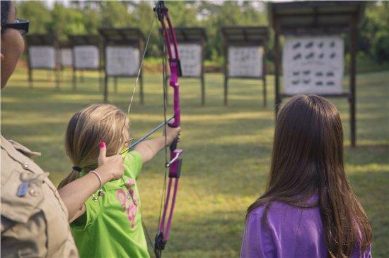 Stockbridge, GA: Indoor and Outdoor Archery Classes