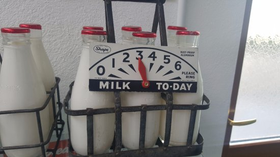 Athlone, Irland: No milk today thanks