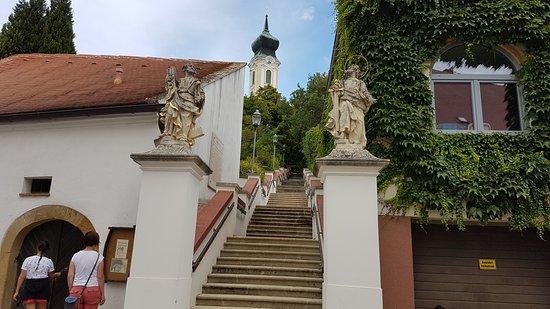 Mistelbach, Austria: Stadtpfarrkirche - Kath. Pfarrkirche hl. Martin