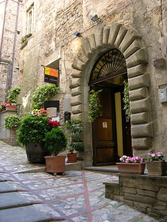 Todi, Italie : getlstd_property_photo