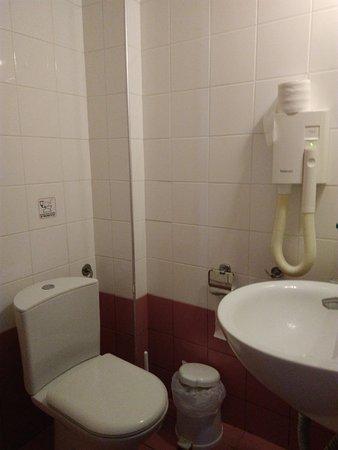 Hotel Calypso : Bathroom