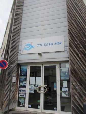 Estran Cité de la Mer : Entrée de la citer de la mer