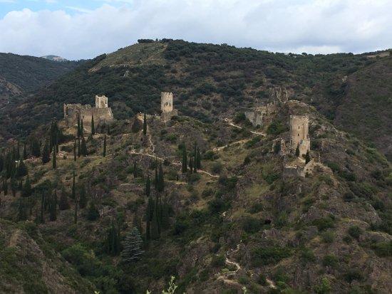 Cathar Castles: Vue d'ensemble depuis le belvédère