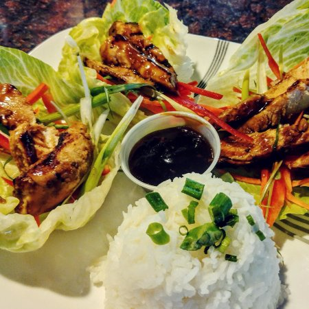 Sandy, Όρεγκον: Teriyaki Chicken Lettuce Wraps