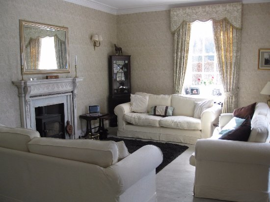 Thornhill, UK: Lounge