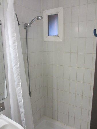 Egg Hôtel : salle de bains