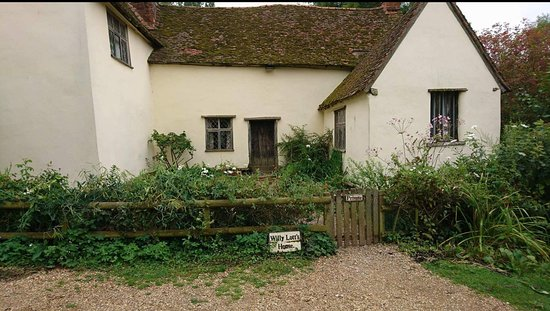 East Bergholt, UK: Willy Lott's House. It is like stepping back in time here!