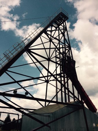 Leadville, CO: Hoisting equipment