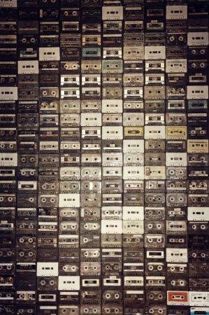 Varberg, Suède : Our famous cassette wall