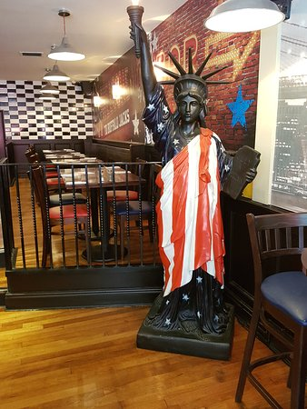 Restaurants buffalo jacks american bar and grill in liverpool with cuisine american - Buffalo american bar and grill ...