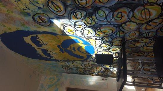 Lisbon Lounge Hostel: 20170810_090735_large.jpg