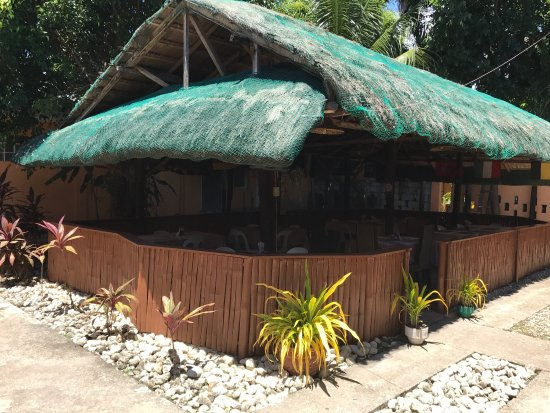 Dalaguete, Philippines: Beer Garden is a good business. Good service, good people, good food and drink!