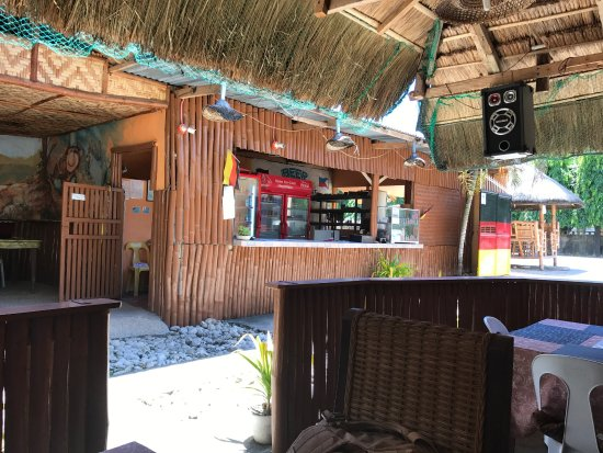 Dalaguete, Filipinas: Beer Garden is a good business. Good service, good people, good food and drink!