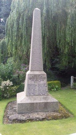 Frampton War Memorial