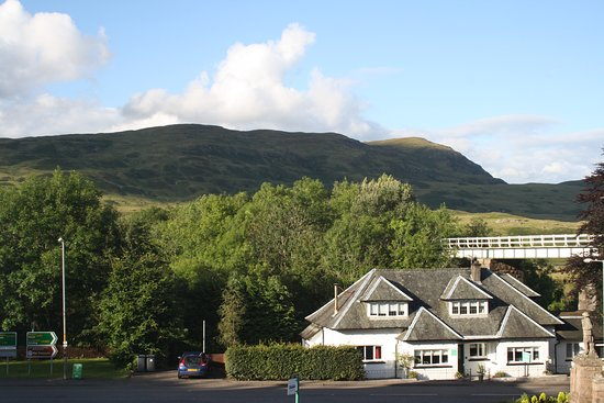 Crianlarich, UK: The view from our window