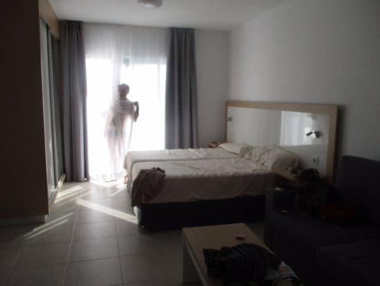 El Sombrero: Room 14