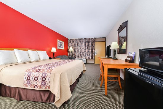 Americas Best Value Inn Nashville North / Goodlettsville: Deluxe King Room