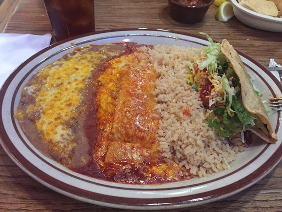 Enchilada And Taco Plate Obr Zek Za Zen Azteca Restaurant Lounge Garden Grove Tripadvisor