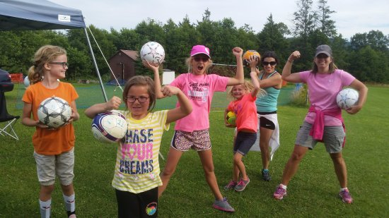 Canaan Valley, WV: Girl Power comes to Chip Shots.