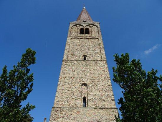15de eeuwse toren van Rijksmonument Dorpskerk Heemskerk