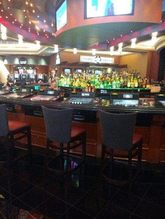 Placerville, Californien: Liquor bar inside Redhawk