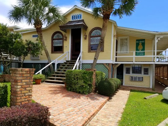 Beach House Bed And Breakfast Gulf Shores