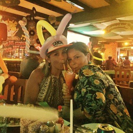 Carlos'n Charlie's Cancun: photo1.jpg