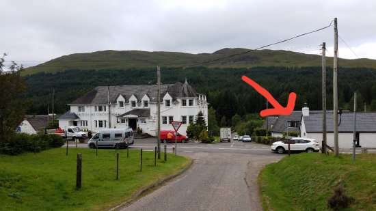 Bridge of Orchy, UK: The view and location of the B&B from the WHW