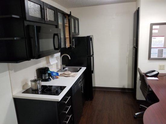Candlewood Suites Washington, Dulles Herndon: 20170810_173205_large.jpg