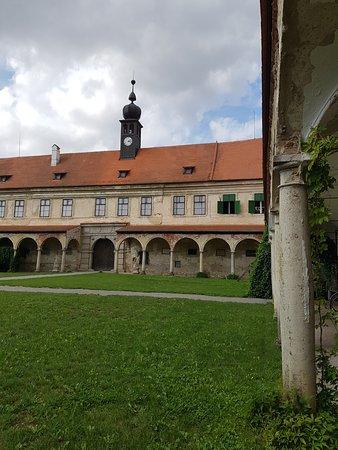Zamek Uhercice