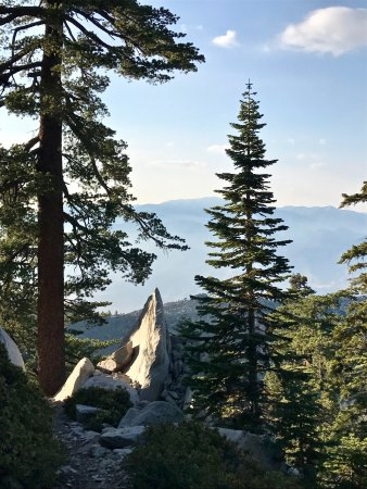 Idyllwild, Καλιφόρνια: Castle Rocks - Fuller Ridge Trail