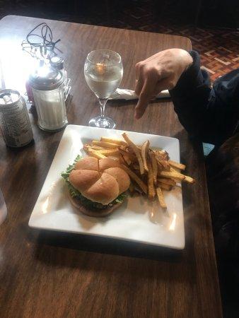 Hyder, AK: Great Hamburgers