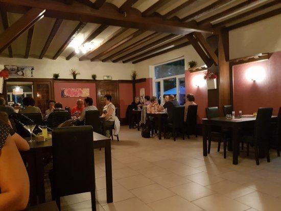 Ροσφόρ, Βέλγιο: L'a salle du resto