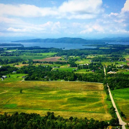 Charlotte, VT: Hiking Mt. Philo