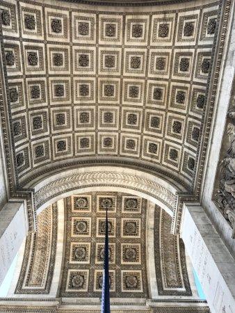 Incredible decor picture of arc de triomphe paris for Arc decoration arques