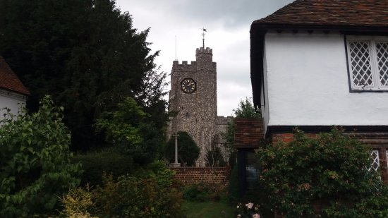 Boughton-under-Blean, UK: St Mary's Church Chilham- part of the Pilgrim's Way & Discovering Rural Kent walks