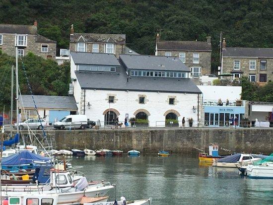 Porthleven Harbour!