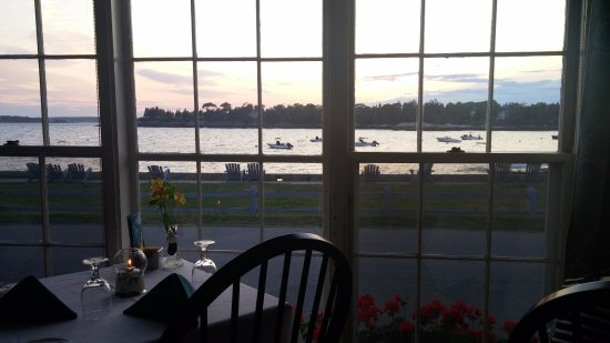 Ocean Point Inn and Resort: View from the dining room
