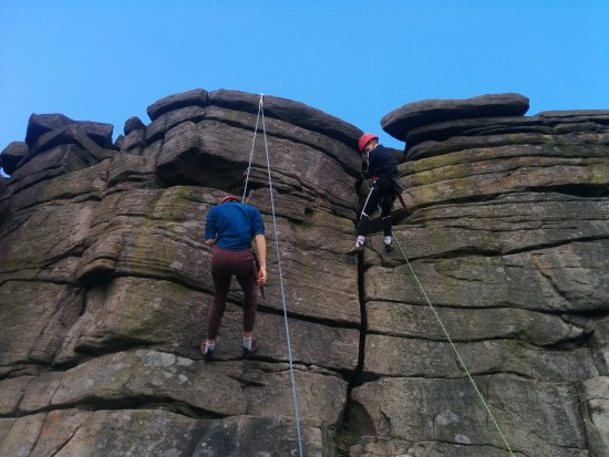 Peak District National Park, UK: Abseiling practice
